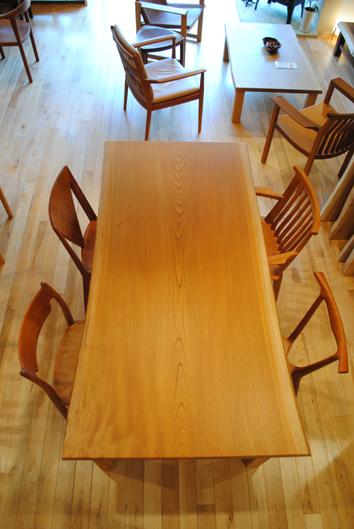 展示テーブルのご紹介