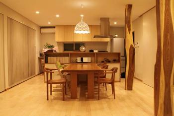 ふさわしい暮らしに、選ばれた家具。