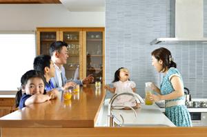 無垢材キッチン 無垢材オーダーボード 赤ちゃん