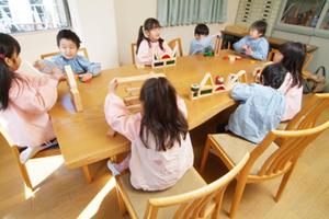 ナラ 無垢材テーブル 無垢材チェア  無垢材家具