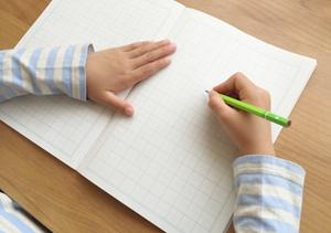 勉強 子供 ノート 無垢材家具