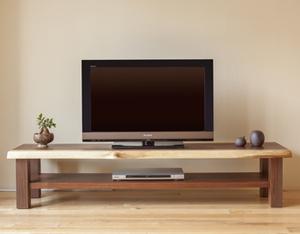 機能と美しさ、どちらも叶うTVボード(TV台収納)をオーダーメイドで