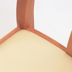 張座チェア/接合内部の構造