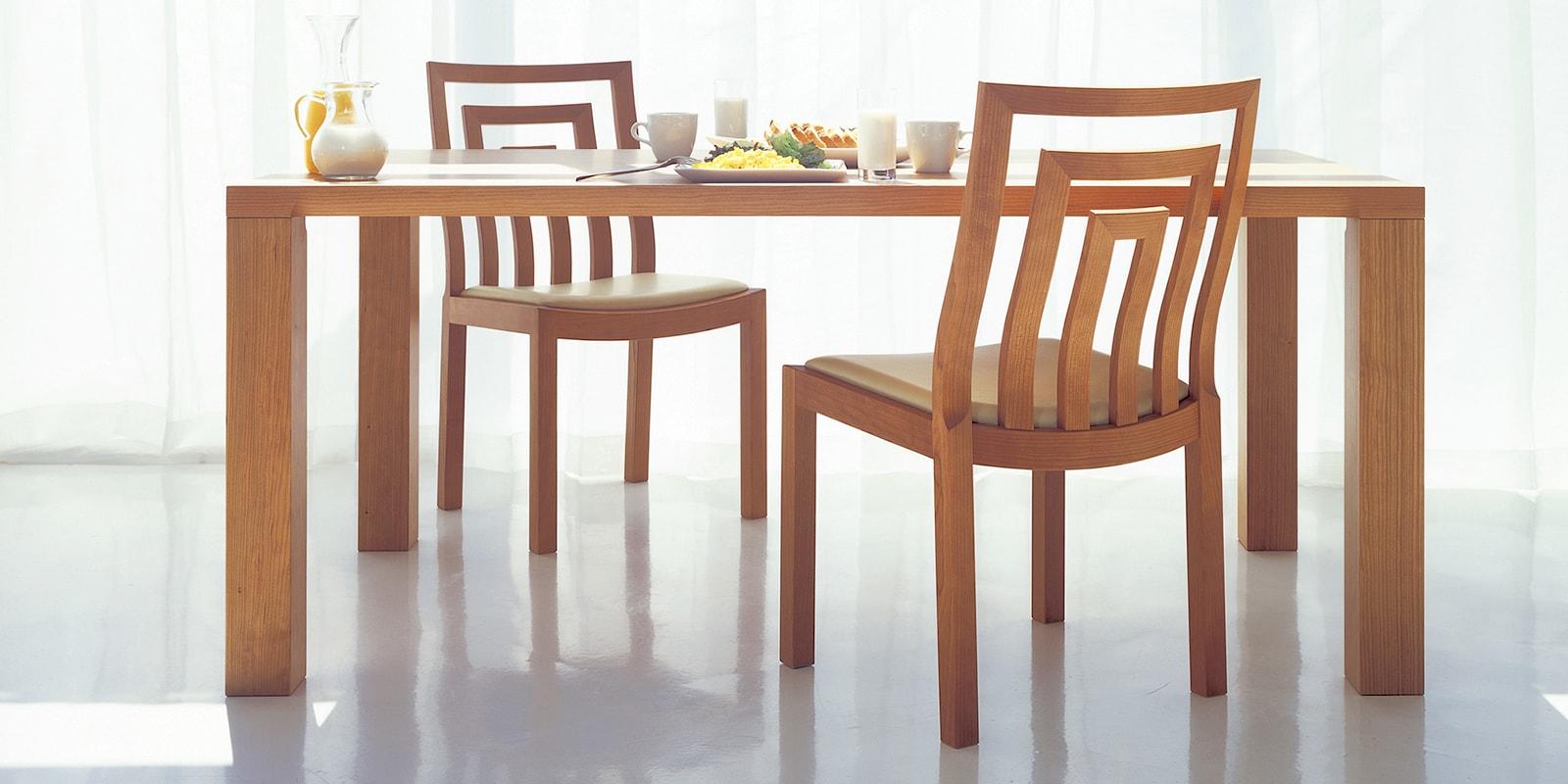 無垢材テーブル