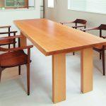 樹種ごとに見る一枚板テーブルのコーディネート術 その3