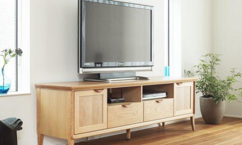 テレビボードを購入する前に知っておくべき「幅・高さ・奥行」とは