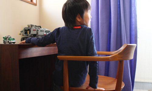 人間工学に基づく椅子の「姿勢」や「握りやすさ」