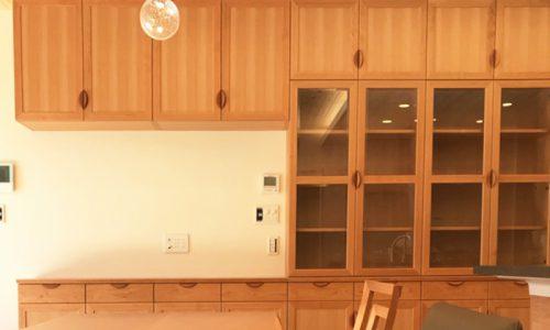 空間を広く見せる収納家具の選び方とは