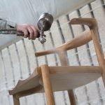 無垢材家具の仕上塗装の違いを知る