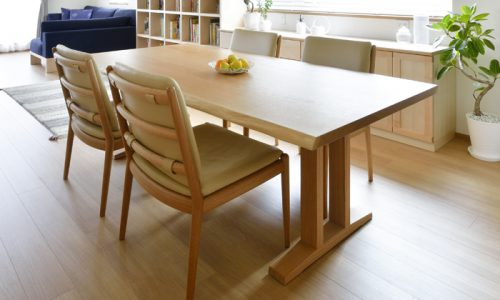 無垢材と一生もののテーブルの良い関係とは
