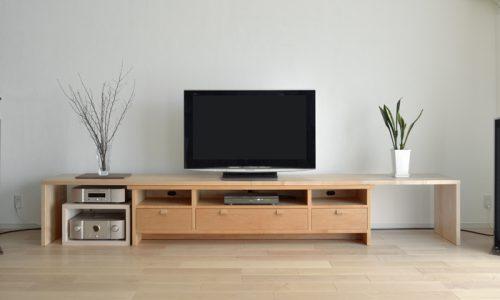 チェリー材でつくるテレビボード
