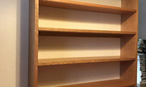 「贅沢な総無垢材ブックボード」~吉祥寺店納品記~