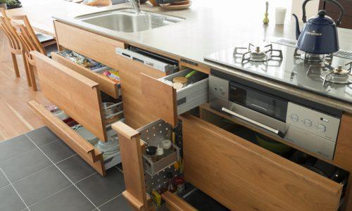 キッチンは収納力で見極める