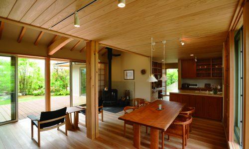 チェリー材の無垢材家具を空間に取り入れるポイントは?