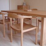 タモ材の家具がもたらす、木の家具を使う喜び