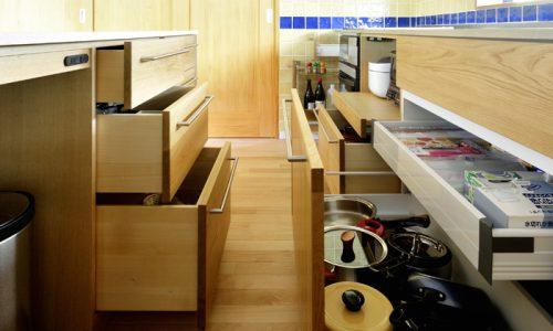 オーダーキッチンを家具店で作る理由