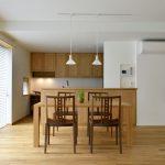 ナラ材家具を活かす空間コーディネートとは