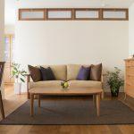 リビングテーブルから始める「無垢材家具のある暮らし」