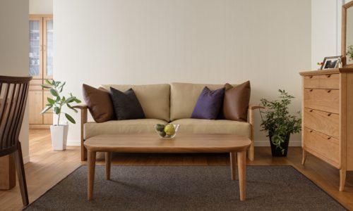 無垢材ソファで得ることができるものと家具蔵のソファの特徴は