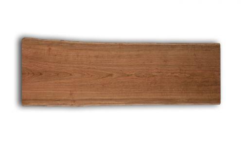 「チェリーの一枚板天板の特徴」を知る