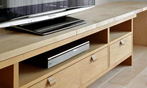 テレビボードをオーダー家具にする理由とは