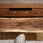 ローテ―ブルも一枚板天板から選ぶ