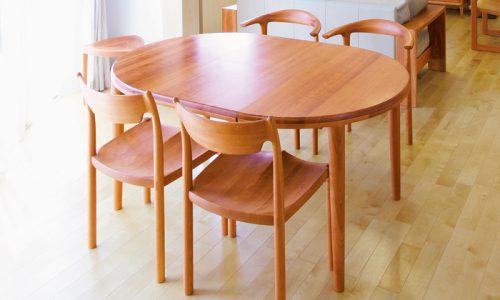 エクステンションテーブルを「無垢材」で